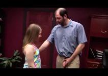 Videos de incesto com padrasto e a enteada novinha