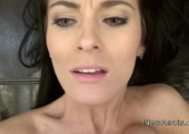 Video de mulheres nuas dando a xota lisinha juntamente com o cu
